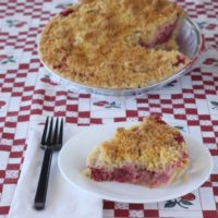 StrawberryRhubarbCrumb